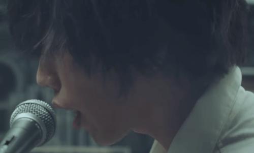 米津玄師の髪型-2013年